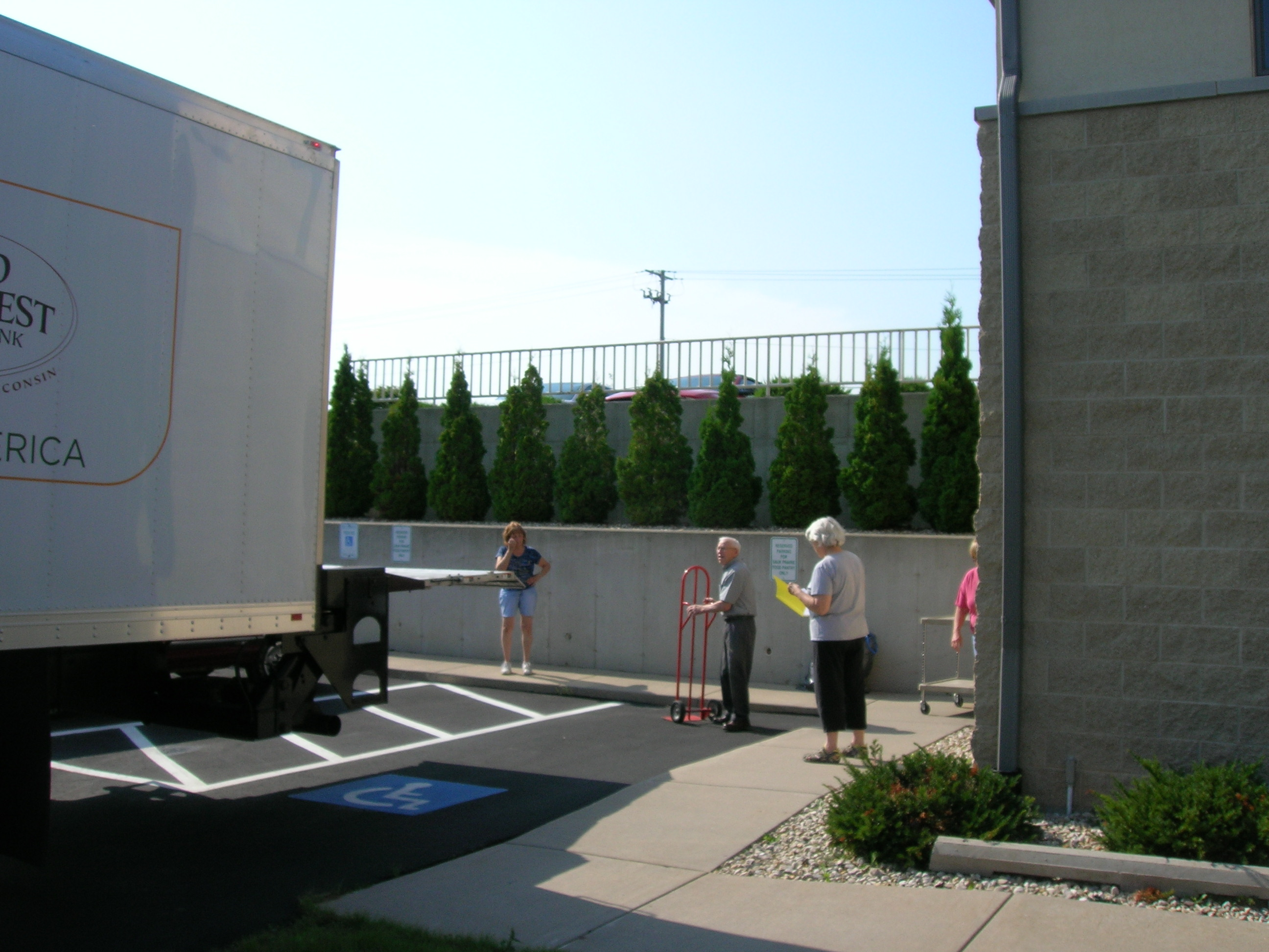 Receiving food from Second Harvest